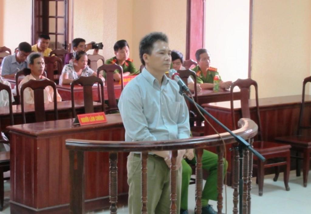 Quảng Trị: Bắn chết đồng đội, thượng úy công an lĩnh 10 năm tù