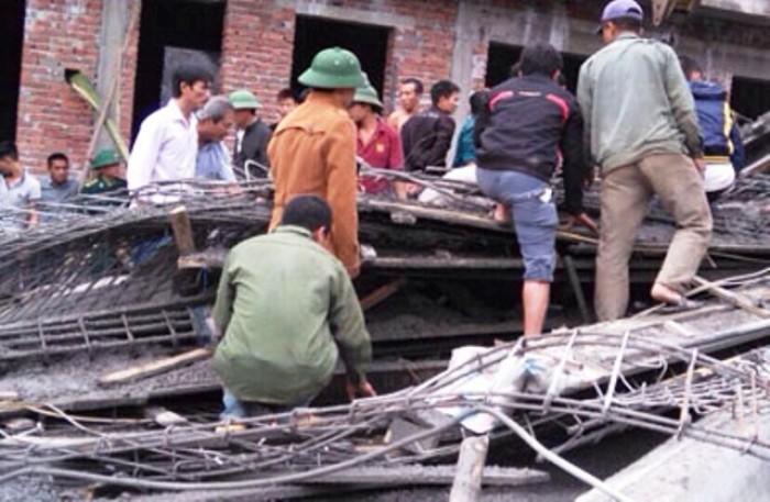 Hà Tĩnh: 2 người chết, 14 người bị thương vụ sập giàn giáo cây xăng