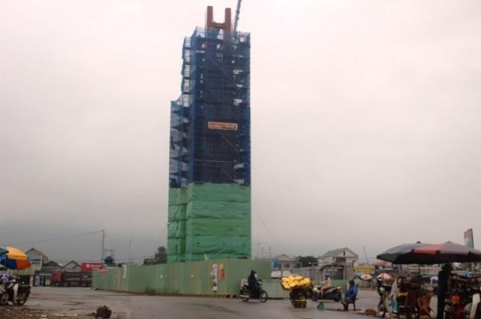 """""""Tháp biểu tượng tinh thần"""" không phép ung dung mọc tại Formosa"""