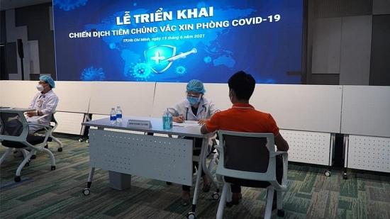 Thành phố Hồ Chí Minh: Công nhân Khu Công nghệ cao khởi động tiêm vắc xin Covid-19