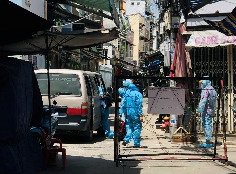 Thành phố Hồ Chí Minh trong vòng 24 giờ có 667 người nghi nhiễm Covid-19 đa số trong khu phong tỏa và khu cách ly