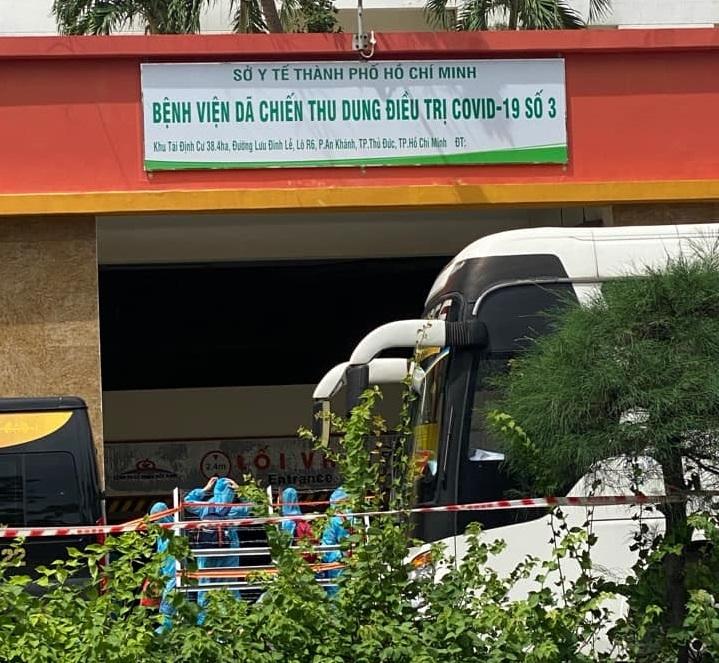 """Thành phố Hồ Chí Minh: Khẩn trương """"biến"""" chung cư không người ở thành bệnh viện dã chiến"""
