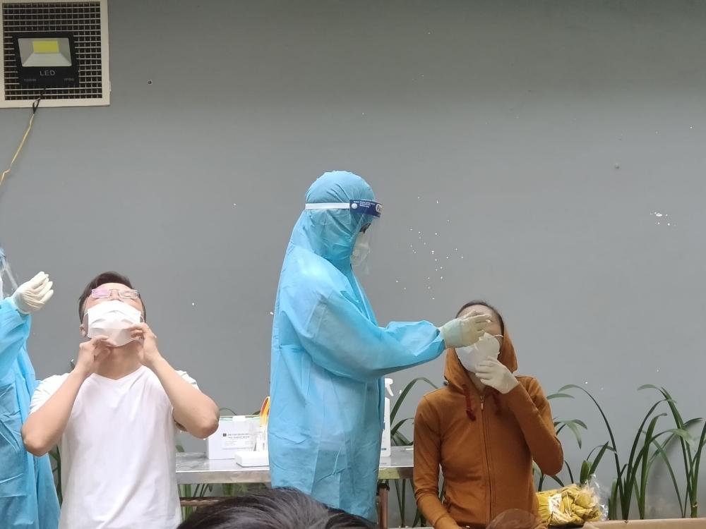 Huy động tổng lực ngành y tế phục vụ chống dịch tại thành phố Hồ Chí Minh