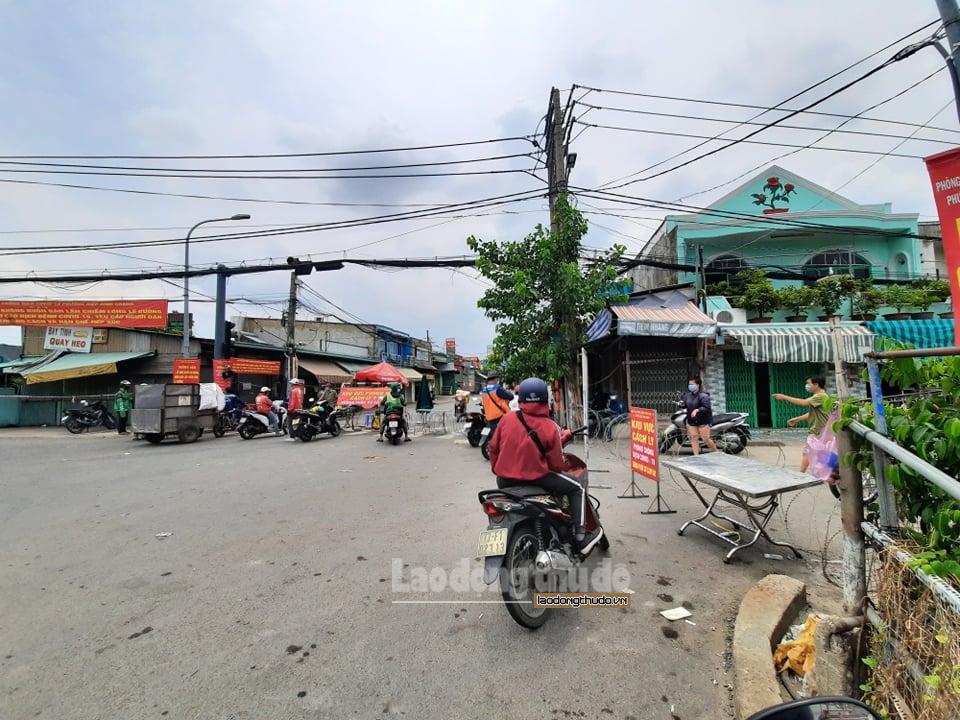 Thành phố Hồ Chí Minh: Phong tỏa thêm 60.000 dân, mở cửa chợ truyền thống