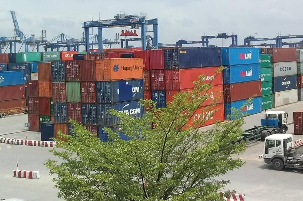 Hàng tồn chạm ngưỡng 100%, Cảng Cát Lái tạm ngưng tiếp nhận hàng hóa
