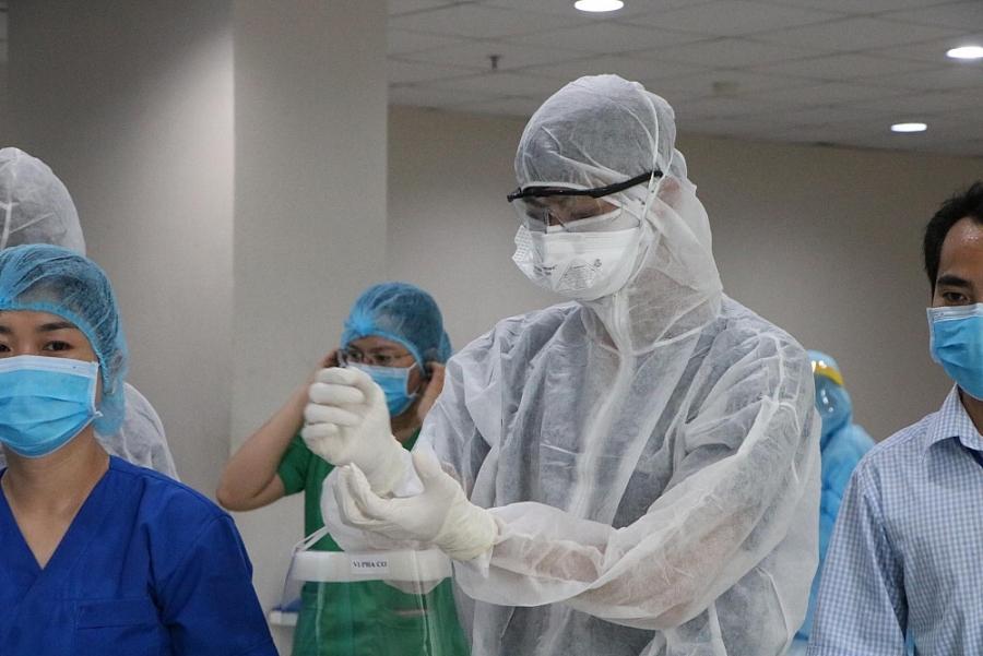 Vận động bệnh nhân Covid-19 khỏi bệnh tình nguyện chống dịch