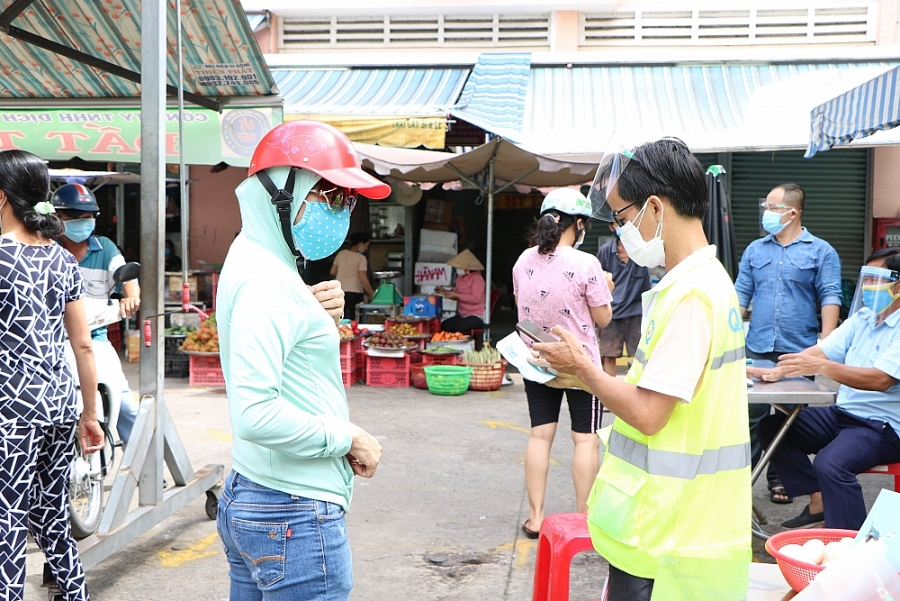 Thành phố Hồ Chí Minh chuẩn bị phương án mở lại chợ truyền thống