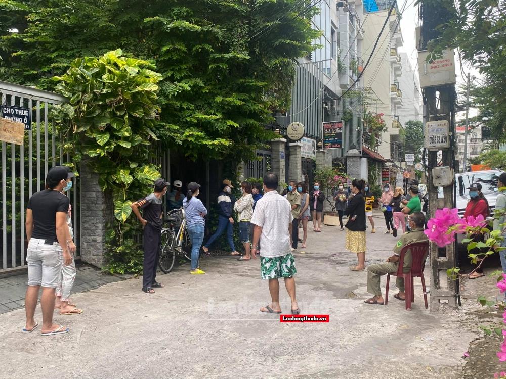 Thành phố Hồ Chí Minh kiến nghị gói ngân sách gần 28.000 tỷ đồng hỗ trợ người lao động