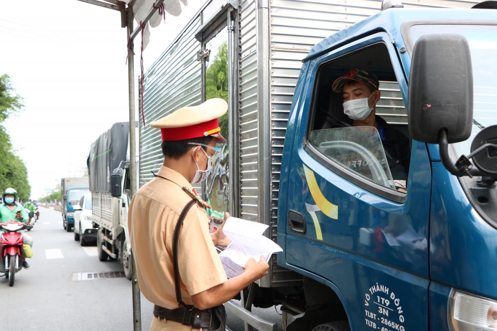 Thành phố Hồ Chí Minh dừng tiếp nhận cấp giấy nhận diện có mã QR từ ngày 1/9