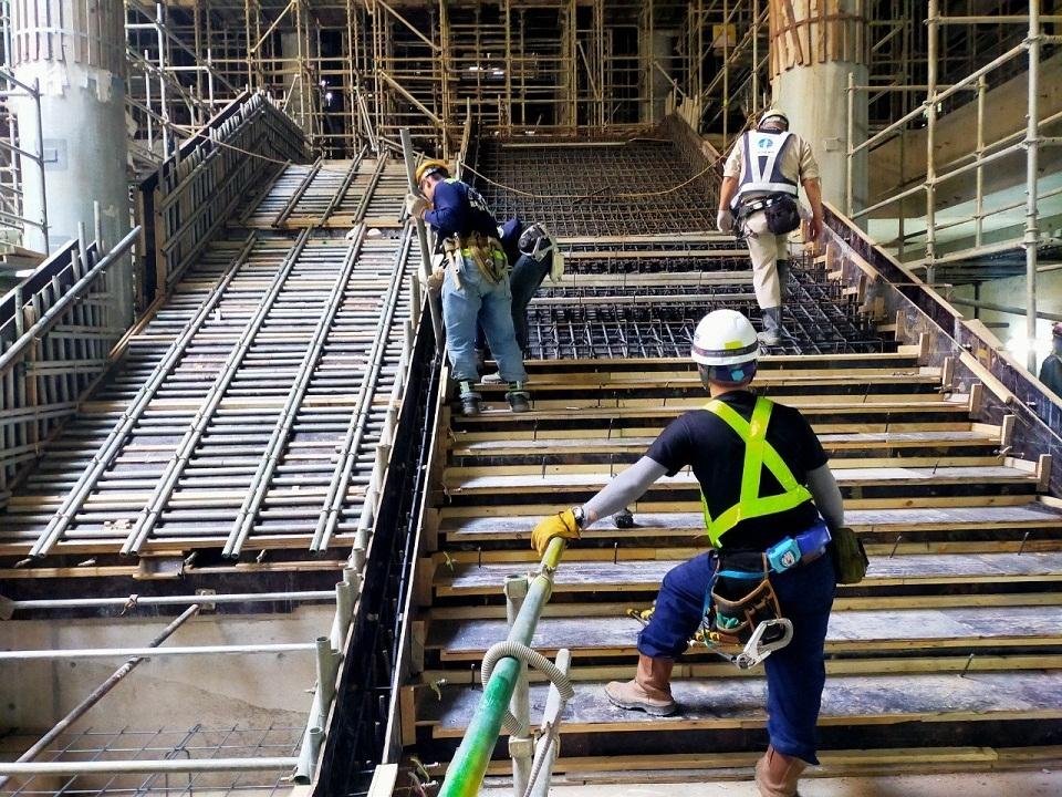 Vì sao dự án tuyến Metro số 1 Bến Thành - Suối Tiên 14 năm vẫn chưa xong?