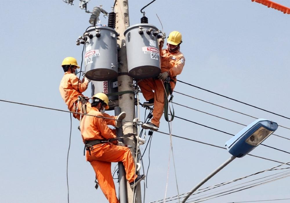 Nắng nóng kéo dài, EVN tiếp tục khuyến cáo sử dụng điện an toàn và tiết kiệm
