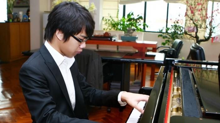Nghệ sỹ piano Nguyễn Việt Trung: Tài không đợi tuổi