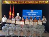 LĐLĐ huyện Gia Lâm biểu dương 24 gia đình tiêu biểu