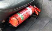Nên dừng quy định sử dụng bình cứu hỏa trong xe ôtô