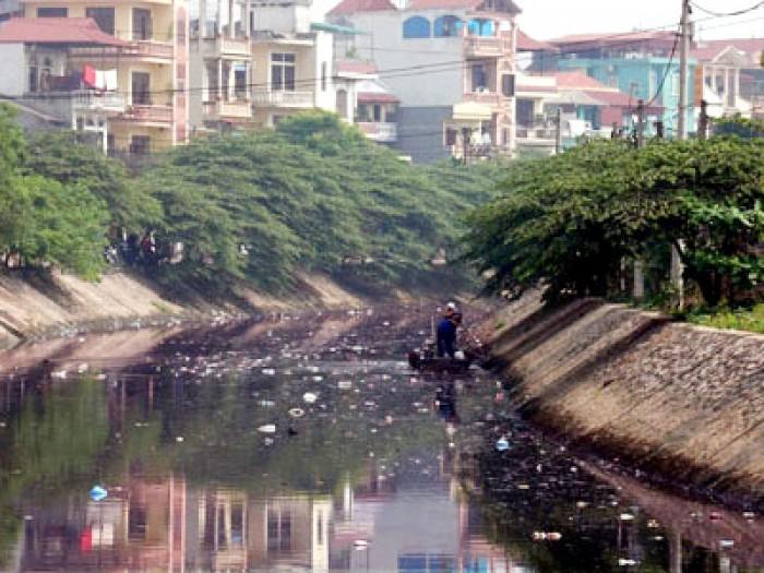 Kết quả hình ảnh cho ô nhiễm nước vào đô thị ở việt nam