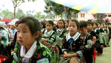 Dạy tiếng Việt cho trẻ dân tộc thiểu số: Còn nhiều khó khăn