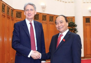 Ngoại trưởng Anh Philip Hammond thăm Việt Nam