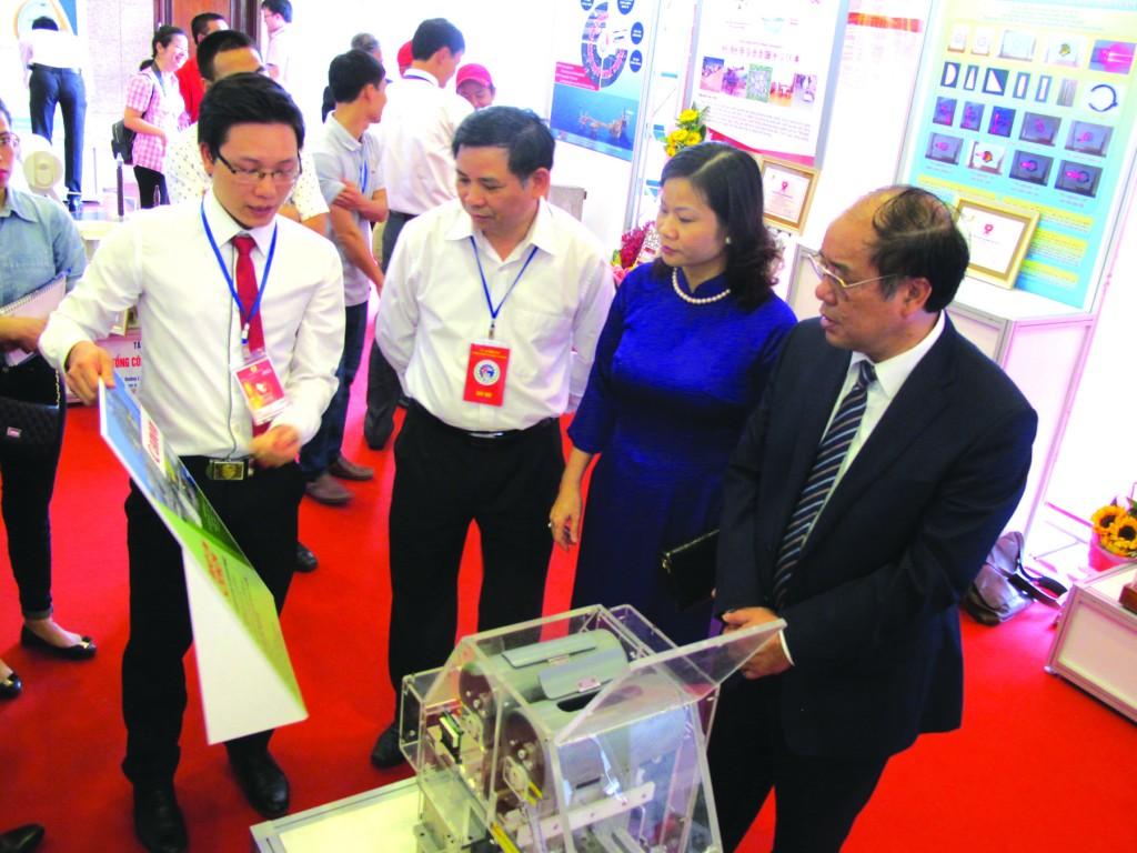 Tự hào với những sản phẩm mang thương hiệu Việt Nam