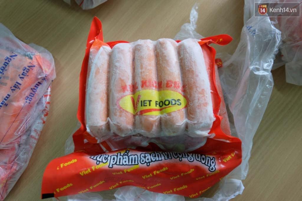 xuc xich cua viet foods bi thu giu khong chua chat gay ung thu