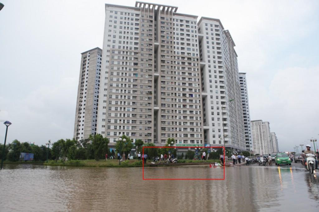 Giải bài toán úng ngập tại Hà Nội: Không đơn giản!