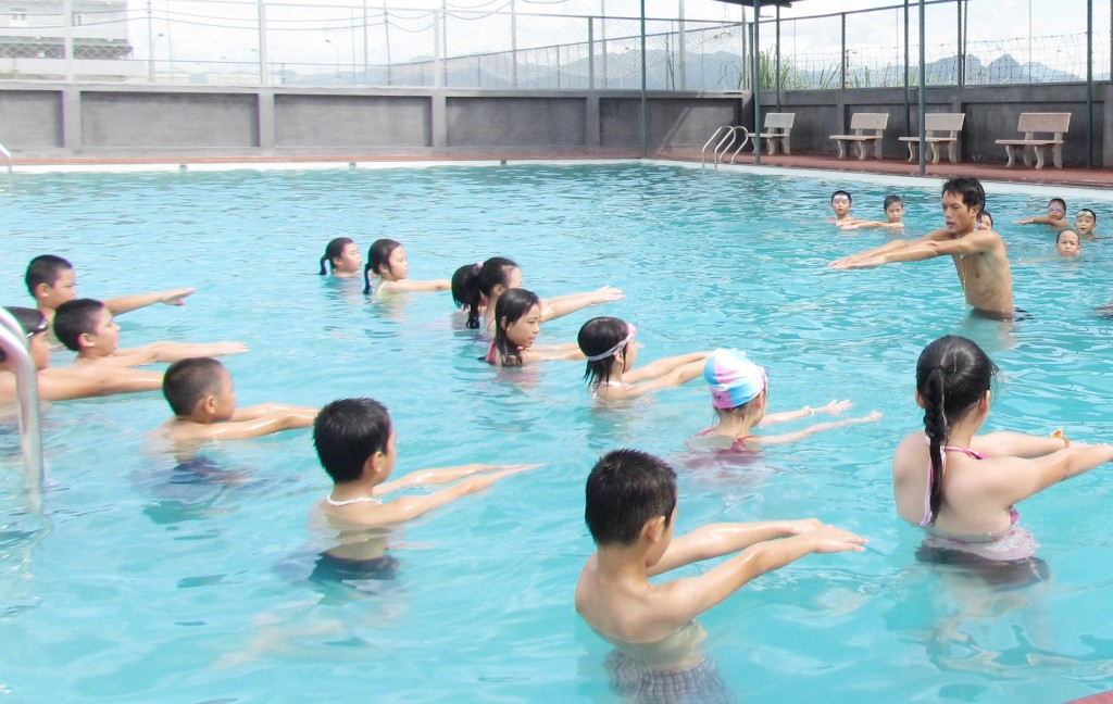 Bể bơi trong trường học: Mô hình có thành hiện thực?