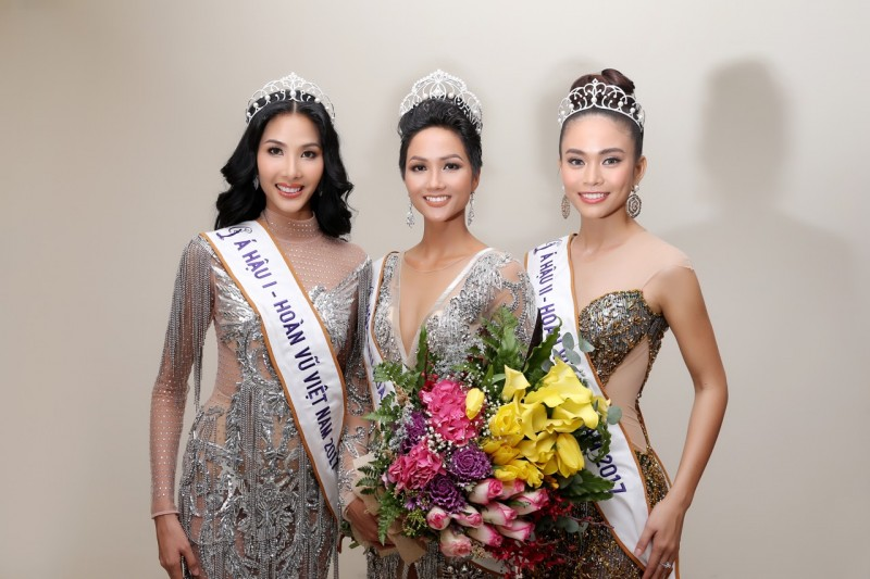 Những câu trả lời đầy tự tin của các thí sinh Hoa hậu Hoàn vũ