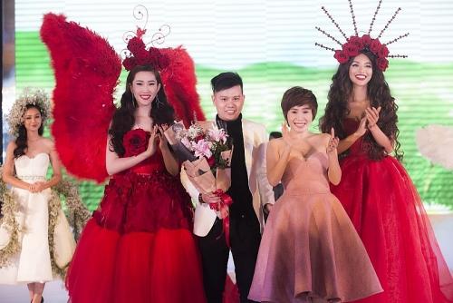 """Mãn nhãn với hơn 40 Hoa hậu, người đẹp trong đêm """"Dạ tiệc nhan sắc"""""""