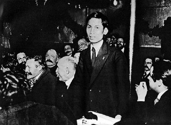 Quyết định quan trọng của lãnh tụ Nguyễn Ái Quốc đưa cách mạng Việt Nam đến toàn thắng