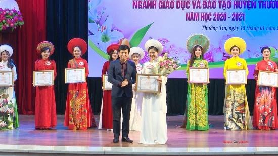 """Chung khảo Hội thi """"Cô giáo tài năng, duyên dáng"""" huyện Thường Tín"""
