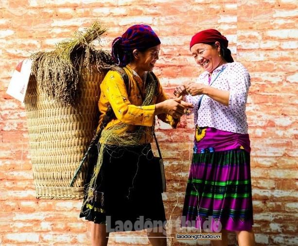 Bảo tồn trang phục các dân tộc thiểu số trong thời kỳ hội nhập