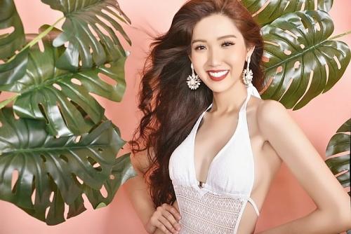 """Nhật Hà khoe đường cong """"vạn người mê"""" tại Miss International Queen 2019"""