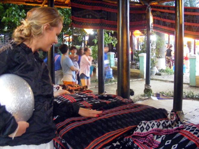 A Lưới: Nơi giữ gìn và phát huy giá trị nghề dệt zèng