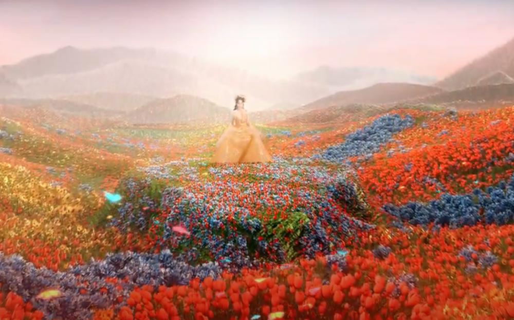 """Nhật Kim Anh hóa thân thành """"Nữ thần mùa xuân"""" trong MV mới"""