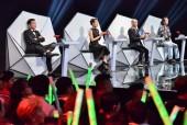 Juun Đăng Dũng mang chuyện cầu hôn của Trường Giang và Nhã Phương 'đại náo' sân khấu
