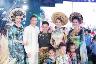 """Dàn siêu mẫu Việt tỏa sáng trong đêm """"Lễ hội áo dài"""""""