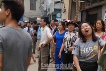Kinh hoàng cháy chợ Quang, hàng trăm người dân hốt hoảng