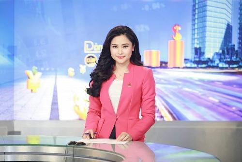 """Nhà báo Mùi Khánh Ly: Cái tên được yêu mến trong """"Dòng chảy của tiền"""""""