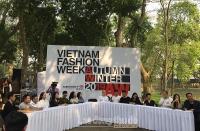 Tuần lễ thời trang Thu Đông 2019: Đưa thời trang gần gũi với thiên nhiên