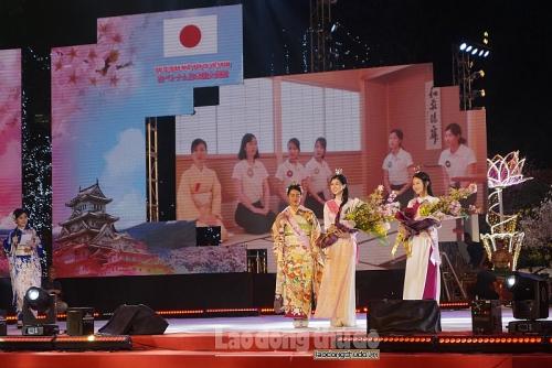 Tưng bừng khai mạc Lễ hội hoa anh đào Nhật Bản - Hà Nội 2019