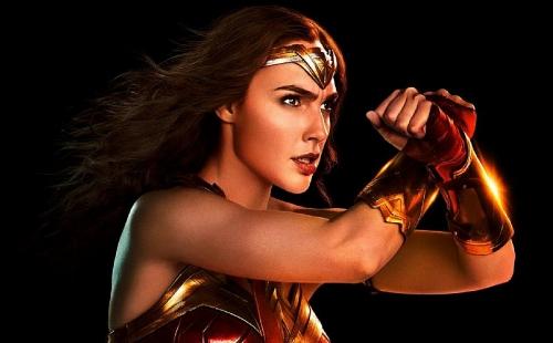 """Bom tấn siêu anh hùng """"Wonder Woman 1984"""" liệu có được ra rạp?"""