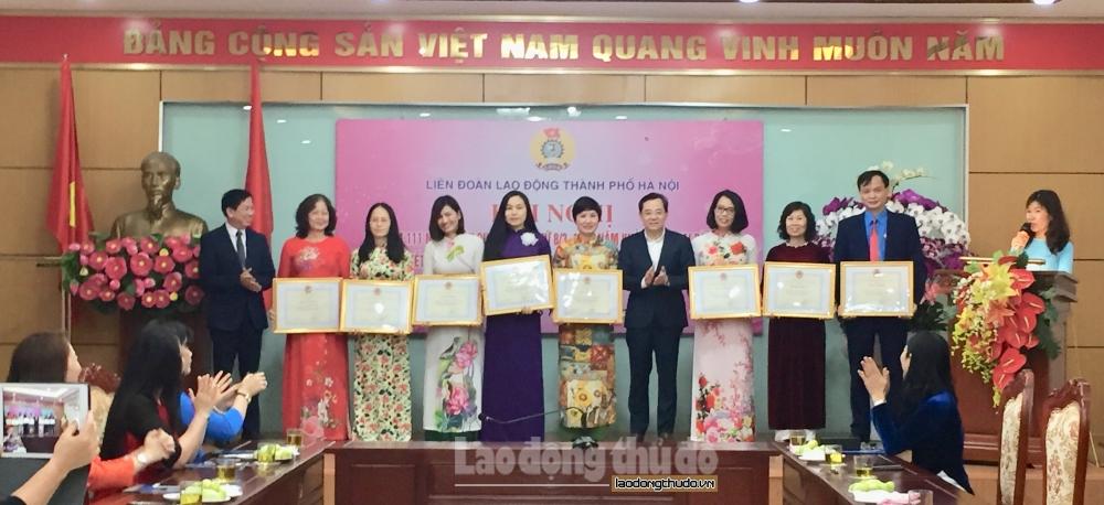 Nữ công nhân viên chức lao động Thủ đô tích cực thi đua
