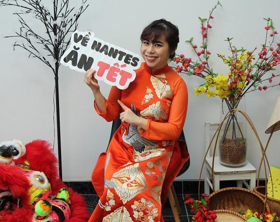Áo dài trong trái tim người Việt xa xứ