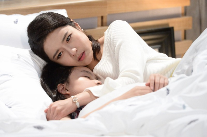 """""""Người mẹ không tên"""" - Bộ phim làm thắt tim người xem"""