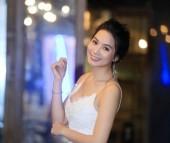 Diễn viên, họa sỹ Lương Giang duyên dáng trong đêm dạ vũ Jasmine Tea
