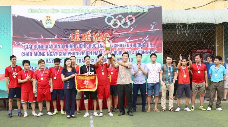 Bế mạc Giải bóng đá CNVCLĐ huyện Thường Tín