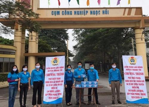 Công đoàn huyện Thanh Trì tiếp tục chung tay đẩy lùi dịch bệnh Covid-19