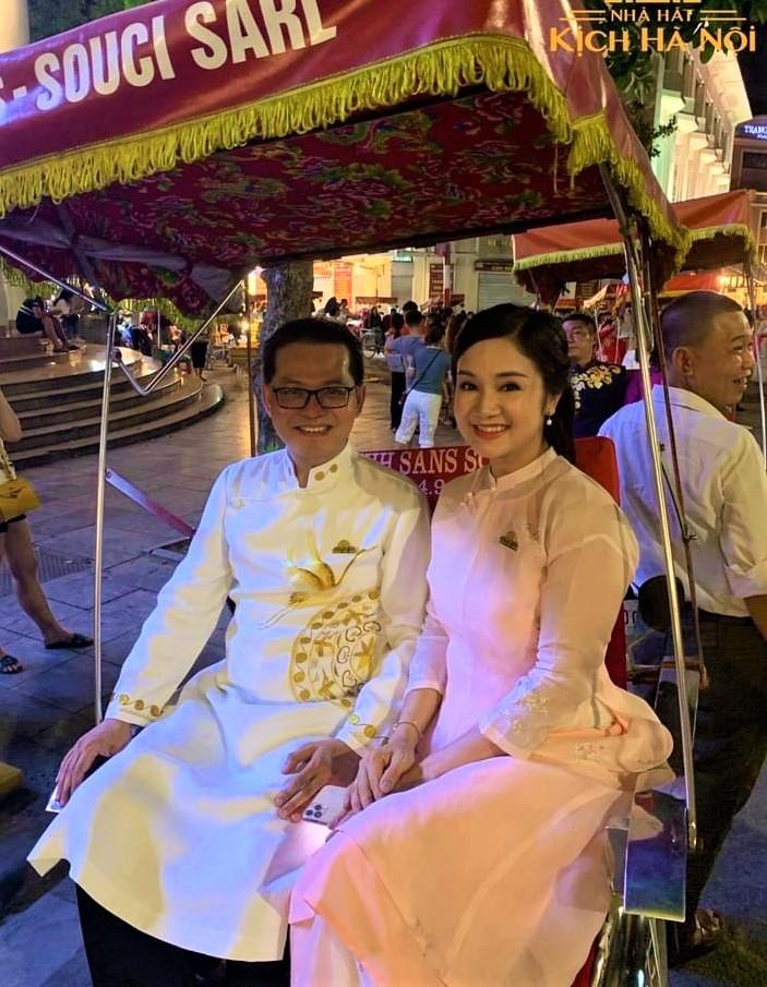Áo dài tôn vinh vẻ đẹp của nữ cán bộ công chức, viên chức ngành văn hóa Thủ đô