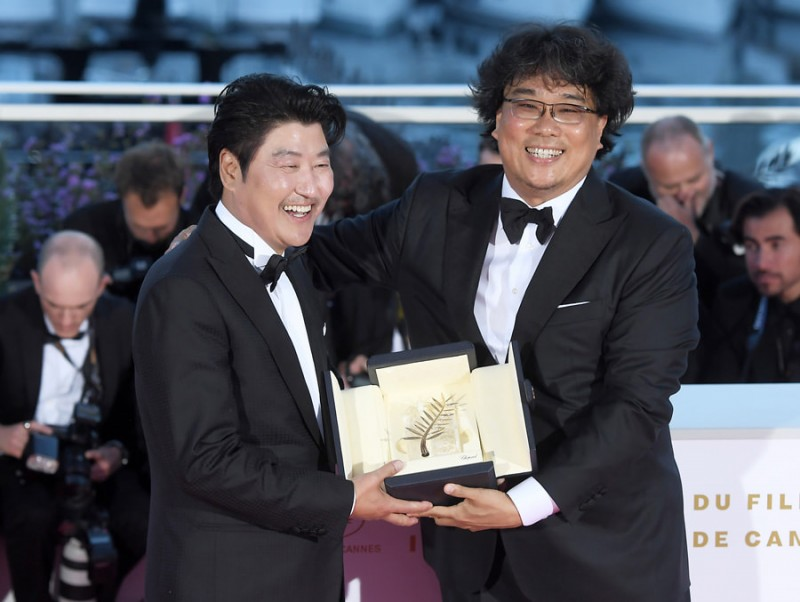 Bộ phim đầu tiên của Hàn Quốc đoạt giải Cành Cọ Vàng tại Cannes