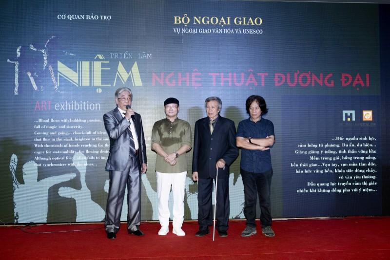 Choáng ngợp với triển lãm đồ sộ của 4 họa sỹ, nghệ nhân hàng đầu Việt Nam