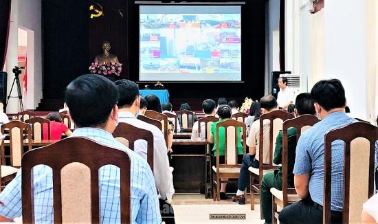 Người ứng cử đại biểu Quốc hội khóa XV tiếp xúc với cử tri huyện Thanh Trì
